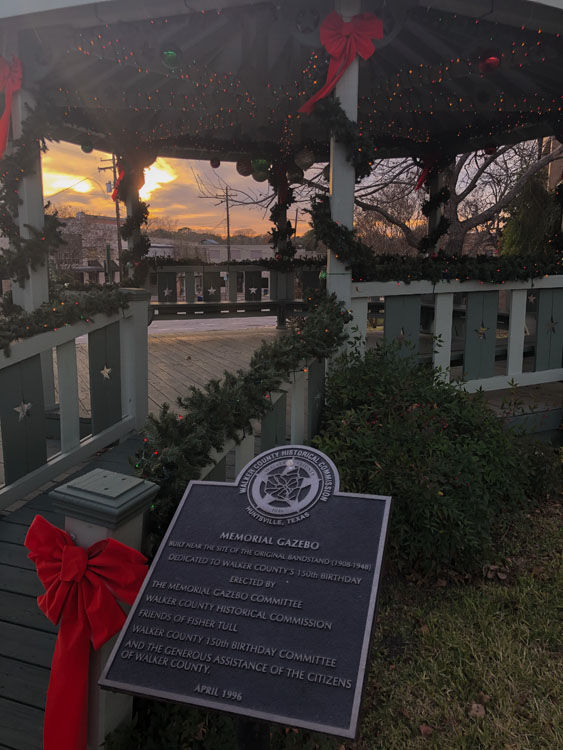 December 26  Beautiful dedication to our veterans seen at this beautiful sunset. We continue to enjoy sunsets in freedom thanks to the sacrifices of so many others.